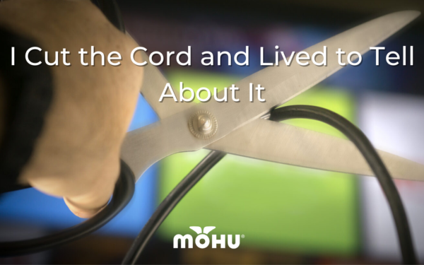 hands holding scissors, cutting a cord, I Cut the Cord and Lived to Tell About It, Mohu
