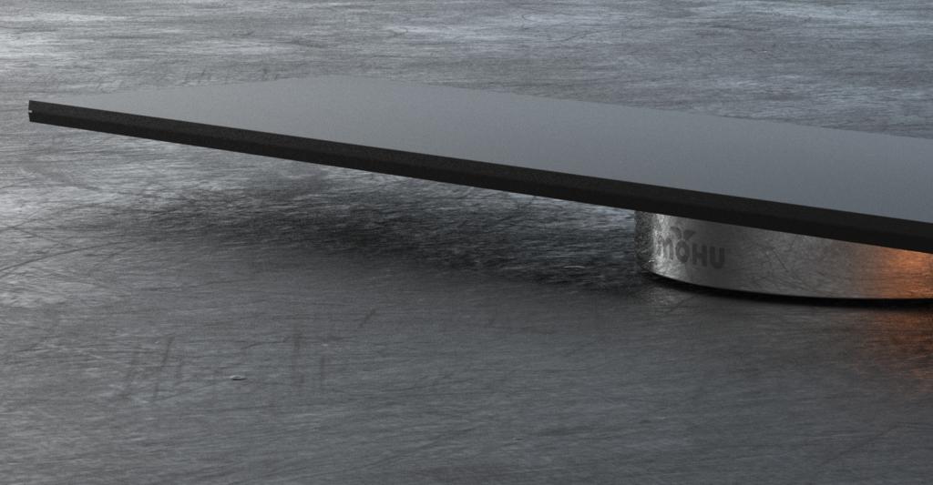 Blade antenna on slate